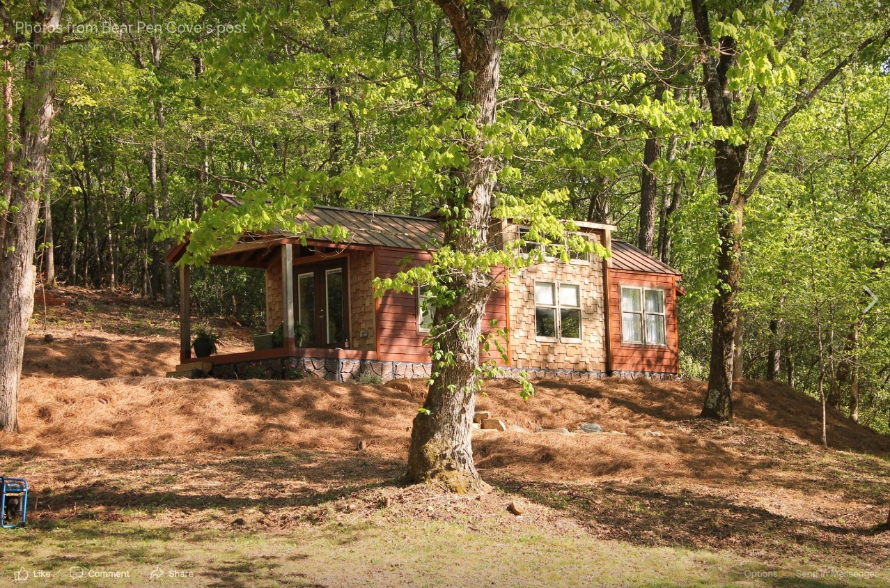 Bear Pen Cove Tiny Home Village NC