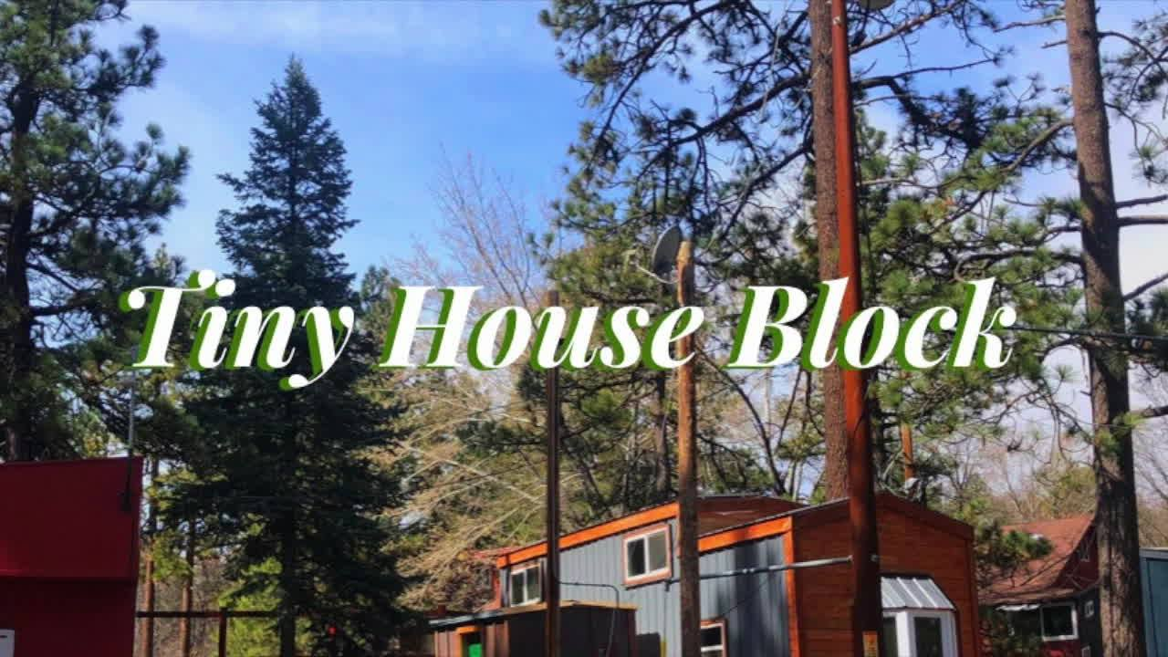 Tiny House Block